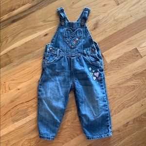 🚀3 for $15🚀 OshKosh heart overalls